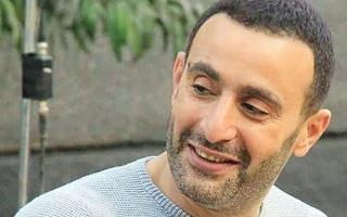 الصورة: أحمد السقا يتفاعل مع #لبنان_يحترق.. بعَلَم بولينزيا