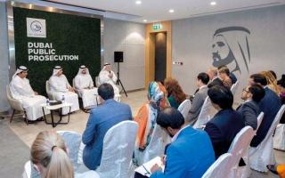الصورة: نيابة دبي تنشر الوعي القانوني