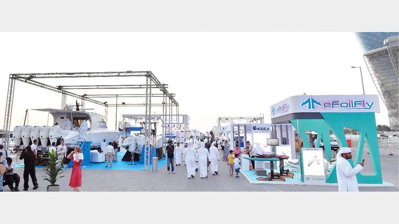 شركات أكدت خلال معرض أبوظبي للقوارب أن الإمارات الأولى خليجياً في تصنيع القوارب واليخوت الفاخرة. تصوير: نجيب محمد