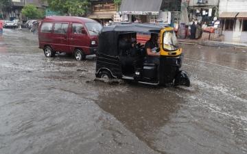الصورة: بالصور.. أمطار غزيرة في مصر وتوقعات باستمرار تقلبات الطقس