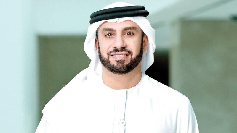 عدنان كاظم:  «نحرص على تنمية قدرات المواطنين الإماراتيين  المهنية، لكي يصبحوا روّاداً في المستقبل».