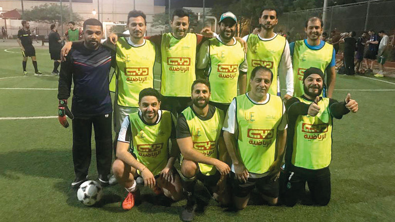 فريق قناة دبي الرياضية.  من المصدر