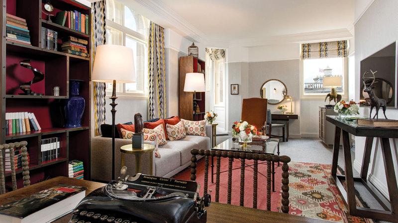 يرغب الكثير من عشاق روايات هاري بوتر في زيارة الغرفة رقم 552 بفندق بالمورال.