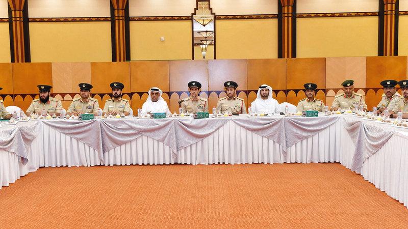 اللواء المري يطلع على نسب إنجاز فرق تأمين فعاليات «إكسبو 2020 دبي». من المصدر
