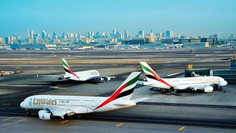 «طيران الإمارات» تشغل حالياً 112 طائرة من طراز «إيه 380».  أرشيفية