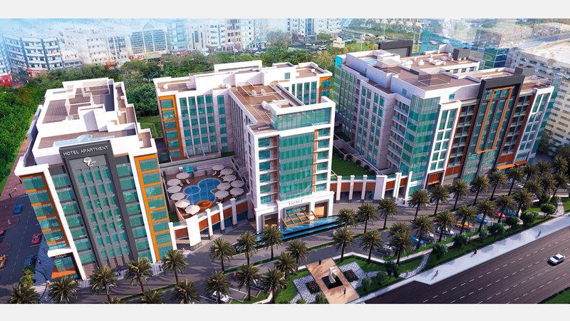الفندق يقع في شارع الميناء بدبي. من المصدر
