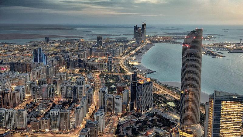 7 أسباب تجعل الوقت الحالي مناسباً لشراء العقارات في أبوظبي - اقتصاد - محلي - الإمارات اليوم
