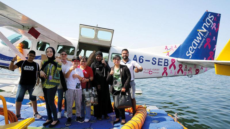 رحلة جوية لمجموعة من المريضات المصابات بسرطان الثدي فوق سماء دبي، لتجديد شعورهن بالأمل والتفاؤل، وتحفيزهن على مواصلة رحلة العلاج.