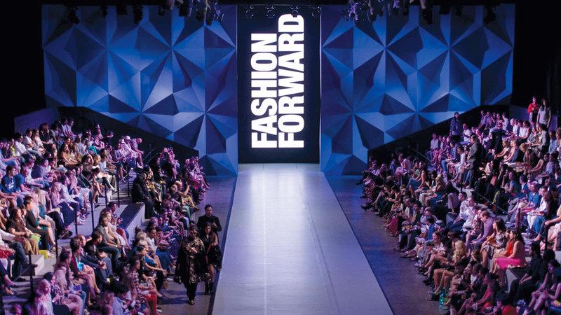 «فاشن فوروورد دبي» يعدّ محطة رئيسة ورائدة للأزياء في دبي والشرق الأوسط. الإمارات اليوم