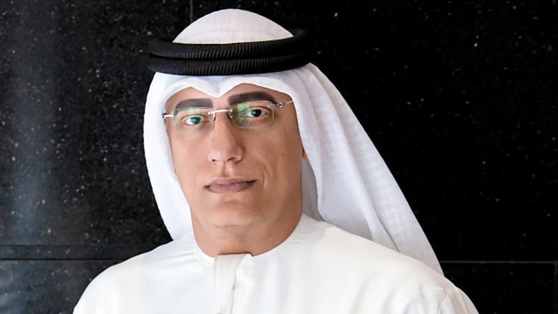 أحمد الخطيب:  «يتم حالياً تركيب الألواح على هيكل القبة،  وستنعكس عليها العروض الضوئية خلال الحدث».