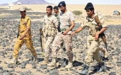 الصورة: مقاتلات التحالف تدك مواقع حوثية في 4 مديريات