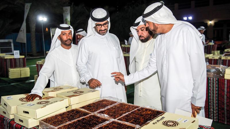 مزاد ليوا للرطب في دبي حقق بدورته الأولى العام الماضي إقبالاً كبيراً. من المصدر