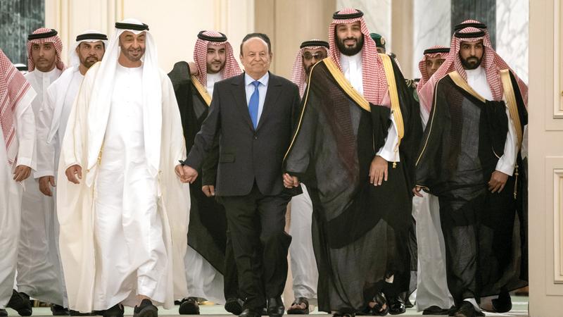 محمد بن زايد ومحمد بن سلمان والرئيس اليمني. وام