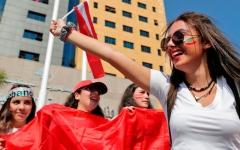 الصورة: اللبنانيات يخضن «ثورتهن» الخاصة