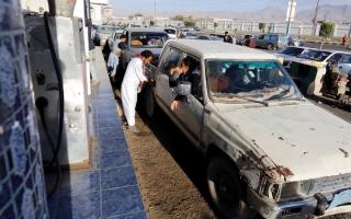 الصورة: انهيار الوضع الأمني في صنعاء.. والميليشيات تفرض إتاوات جــديدة على التجار