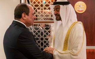 الصورة: الرئيس المصري يصل البلاد ومحمد بن زايد في مقدمة مستقبليه