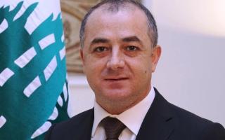 """الصورة: وزير الدفاع اللبناني: أزمة لبنان """"خطيرة"""" وتعيد للأذهان بدايات الحرب الأهلية"""