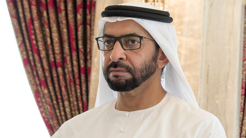 حمدان بن زايد آل نهيان يعلن عن المنح الدراسية لدعم رؤية مبادرات محمد بن راشد آل مكتوم العالمية لتمكين الشباب العربي.