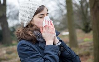 الصورة: إهمال علاج نزلة البرد يتسبب بهذه المضاعفات الخطرة