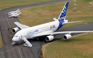 الصورة: 480طائرة «تحت الطلب» لـ 3 ناقلات إماراتية