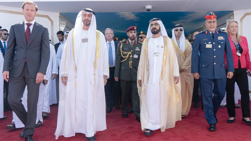 محمد بن راشد ومحمد بن زايد أكّدا أن دولة الإمارات اليوم تمثل محركاً في عالم الطيران.  من المصدر