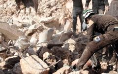 الصورة: المرصد السوري: مقتل 9 مدنيين في ضربات روسية على إدلب