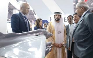 الصورة: حمدان بن محمد: دبي عاصمة الطيران العالمية.. ومطارنا الأول
