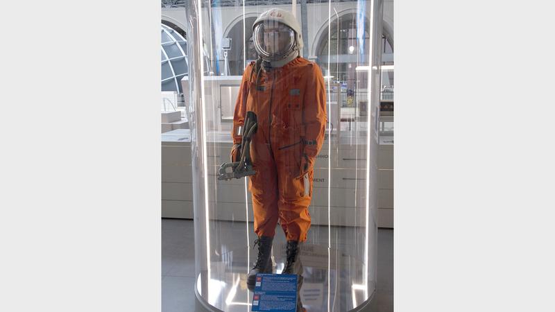 بدلة يوري غاغارين في متحف الفضاء. من المصدر