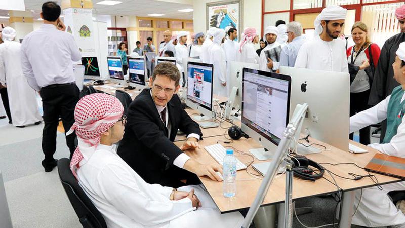 نتائج الاستطلاع كشفت عن وجود تحديات تعيق توجه الشباب إلى العمل في القطاع الخاص.  من المصدر