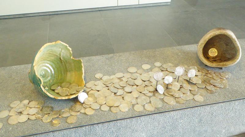 «اللوفر أبوظبي» حرص على عرض مقتنيات تبرز الدور المحوري الذي لعبته سلطنة عمان عبر العصور. من المصدر