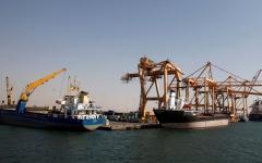 الصورة: القوات المشتركة تدعو إلى استـكمال تحرير الحديدة لوقف القرصنة الحوثيـة الإيرانية