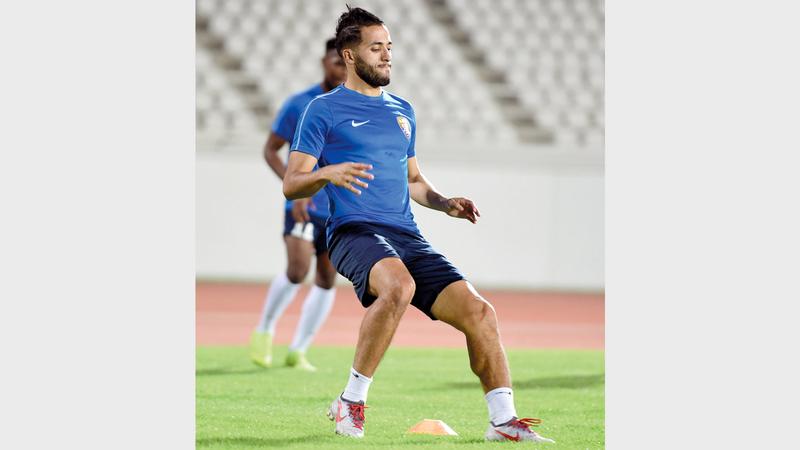 لاعب العين عبدالرحمن مزيان. من المصدر