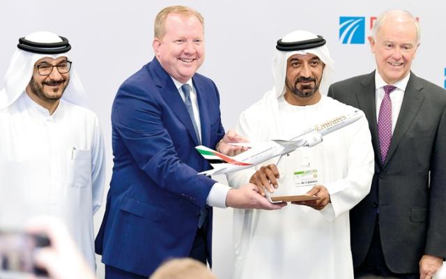 الصورة: «طيران الإمارات» تشتري 30 طائرة «بوينغ 787» بـ 32.3 مليار درهم