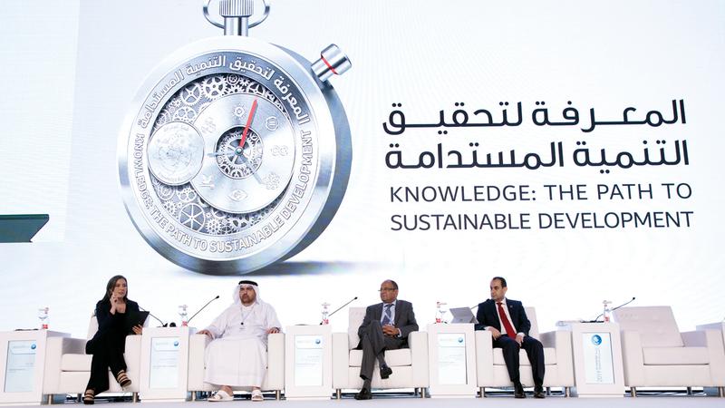 المشاركون أكدوا حرص الإمارات على تسخير إمكاناتها لرفعة الوطن العربي. من المصدر