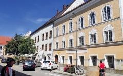 الصورة: منزل هتلر يتحوّل إلى مركز شرطة