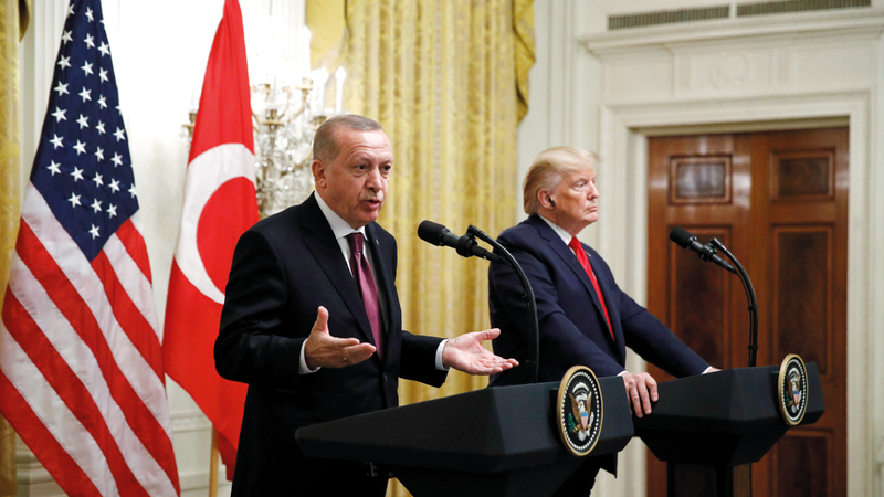 ترامب وأردوغان خلال مؤتمرهما الصحافي في البيت الأبيض. رويترز