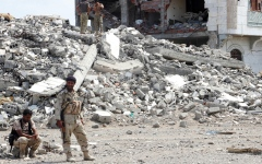 الصورة: الشرعية تحذر من تقويض الحوثيين  مسار السلام
