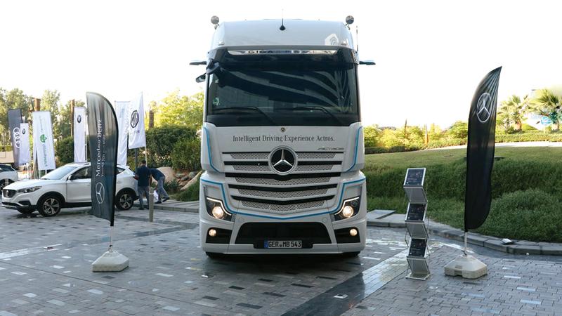 الشاحنة ذاتية القيادة الجديدة تم تجريبها في رحلة بين دبي وأبوظبي. من المصدر