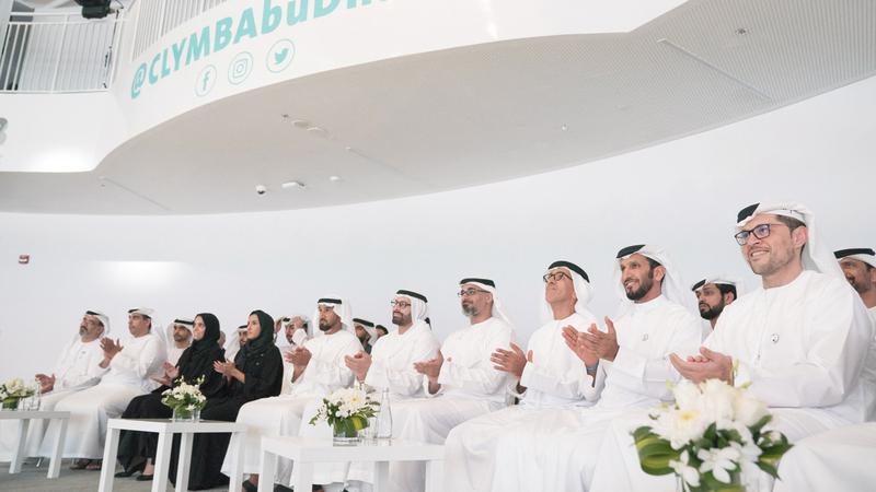 خالد بن محمد بن زايد خلال افتتاح «كلايم أبوظبي».  وام