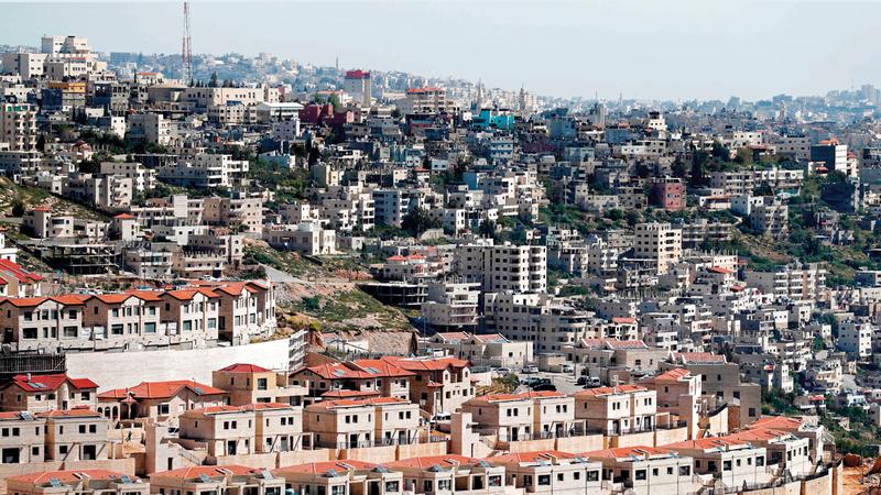 مستوطنة اسرائيلية قرب مدينة بيت لحم، حيث ادى انتشار المستوطنات الى تعذر حل الدولتين.ا ف ب