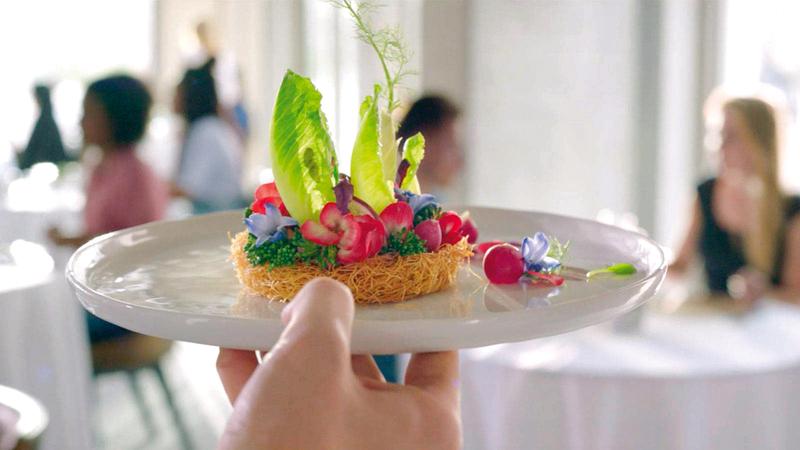 «إكسبو 2020 دبي» أكد أن الطعام يقرب الناس من بعضهم. من المصدر