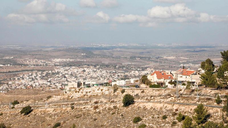 مستوطنة «نيغوهوت» بالقرب من بلدة عوا جنوب الخليل في الضفة الغربية. أ.ف.ب