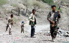الصورة: بمساندة التحالف.. الجيش اليمنـــــي يحرر تلالاً استراتيجية في صعدة