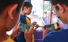 الصورة: 12 % من الشباب الياباني يدمنون ألعاب الفيديو لمدة 6 ساعات