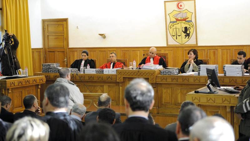 المحاكم التونسية بحاجة إلى أساليب أكثر عقلانية لإضفاء الطابع الإنساني على القضاء الجنائي.  أي.بي.إيه