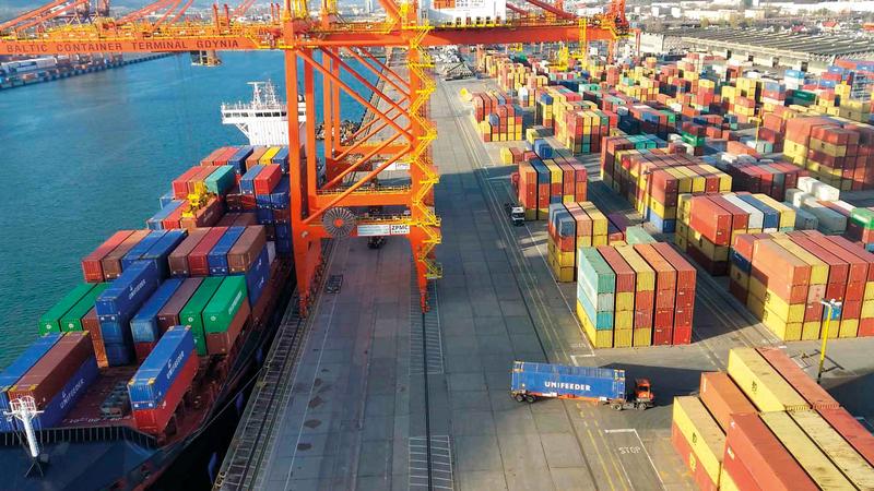 «يوني فيدر» تمتلك أكبر شبكة خدمات للسفن متوسطة الحجم. من المصدر