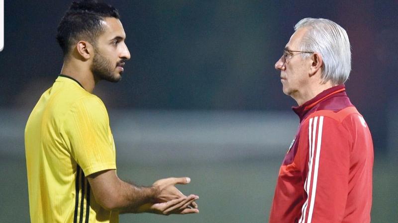 مارفيك في حديث مع علي مبخوت. الإمارات اليوم