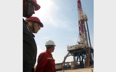 الصورة: مستقبل النفط العراقي سيكون بيـــد روسيا