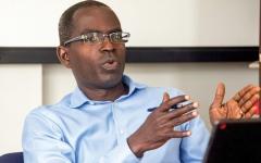 الصورة: باتريك أواه: أريد إحداث التغيير بأيدٍ وقيادة إفريقية