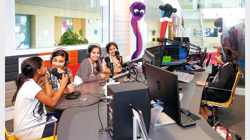«بيرل» أول إذاعة للأطفال في المنطقة.  من المصدر